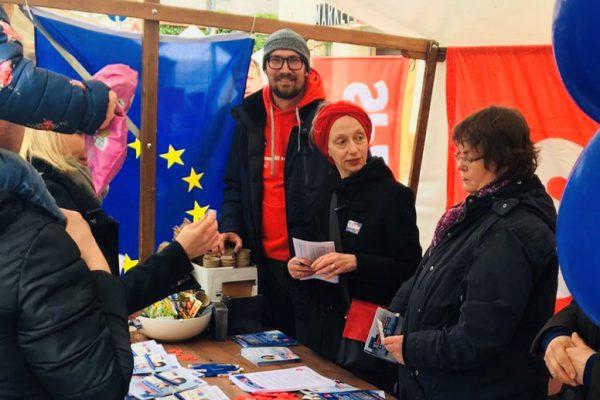 Infostand der SPD Tempelhof-Schöneberg auf dem Primavera Fest